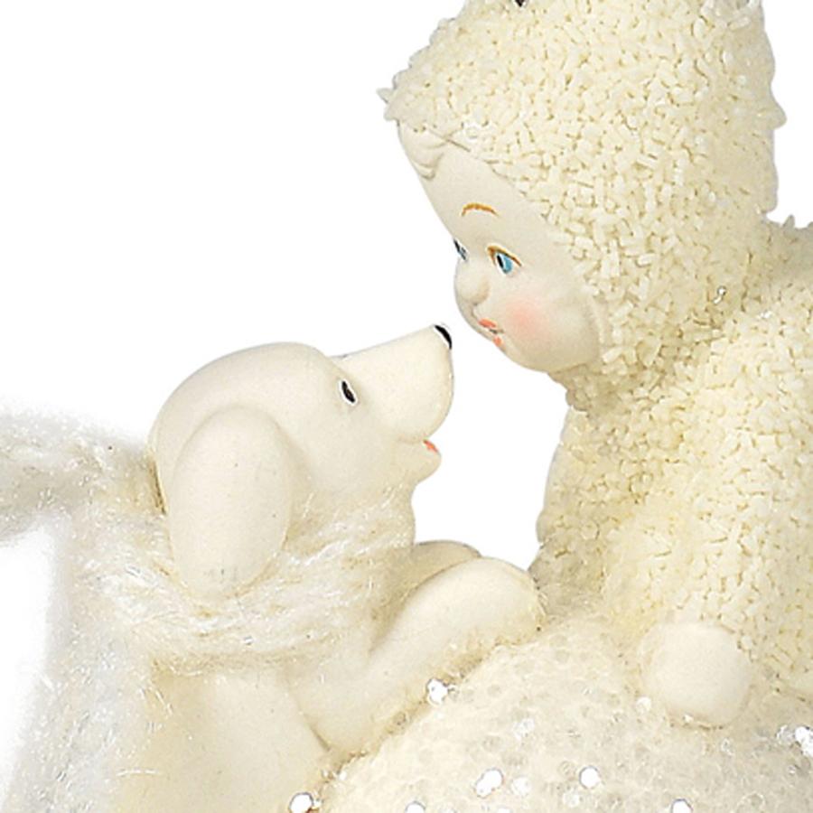Snowbaby-Let's-Make-a-Snowball-close-up