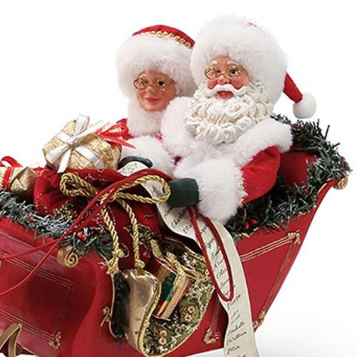 One-Horse-Open-Sleigh-Santa-close-up