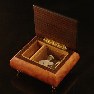 Italian-Inlay-Musical-Ring-Box-Light-Walnut-open