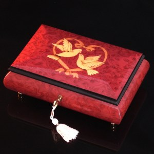 Italian_Inlaid-Jewelry-Box-Love-Doves-Wine-Red