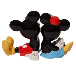Mickey-and-Minnie-salt-pepper-back