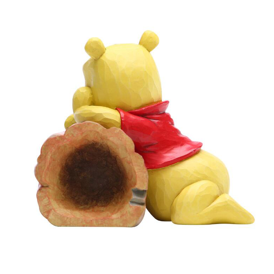 Pooh-and-Piglet-log-left-view