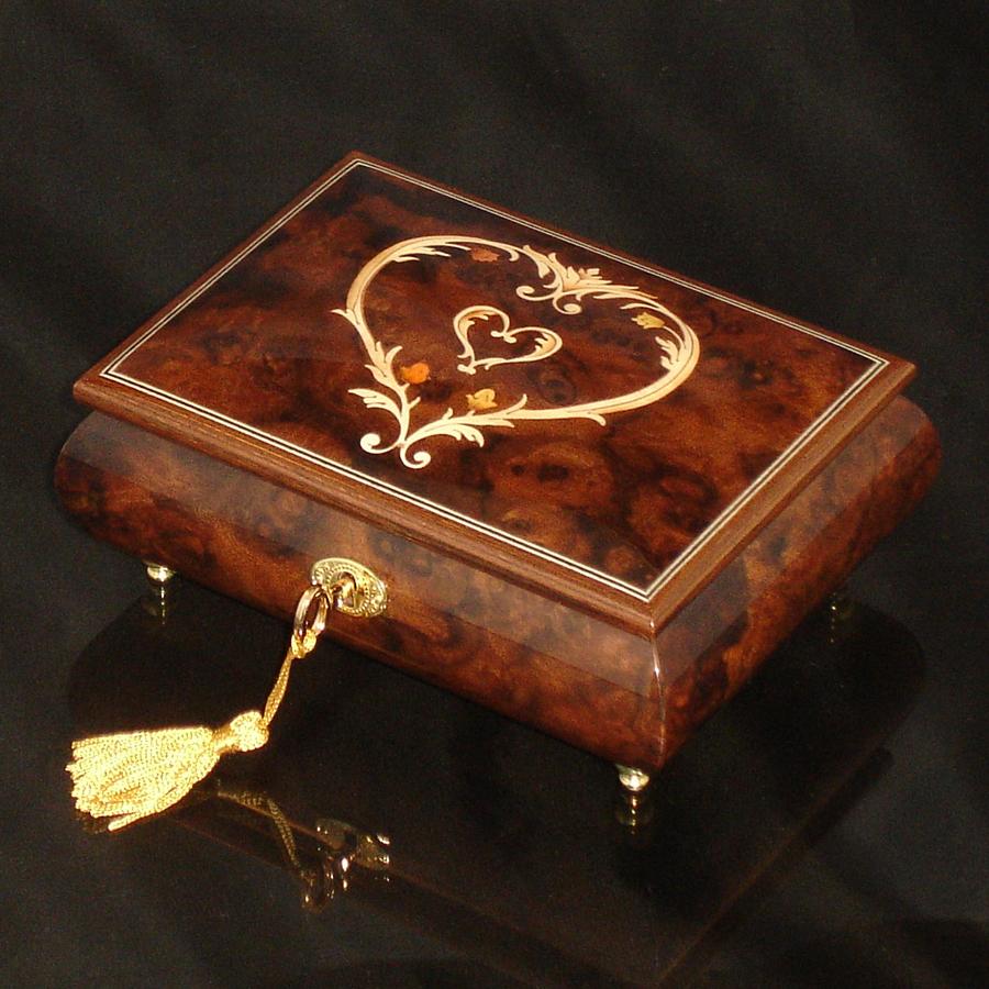 Italian-Inlay-Musical-Jewelry-Box-Heart-Walnut