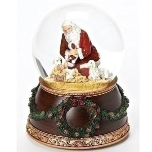 Santa-Nativity-Wreath-globe