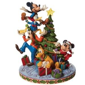 Fab-5-Decorating-Tree-Pluto