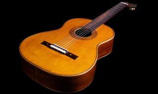 classical-guitar-by-antonio-de-torres