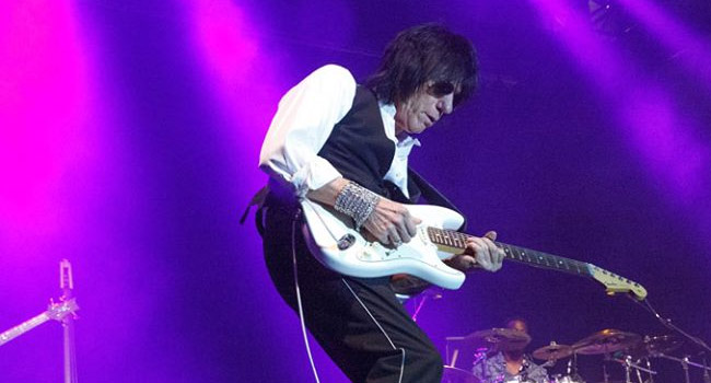 Jeff Beck announces new album, book & tour with Buddy Guy