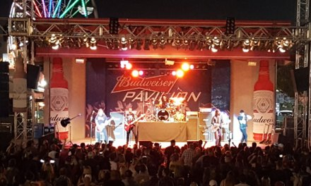 Hinder plays to small enthusiastic crowd in Bakersfield