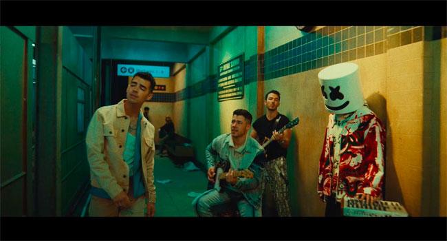 Marshmello & Jonas Brothers