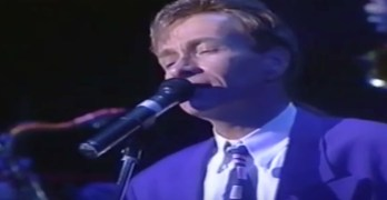 Bobby Caldwell – What You Won't Do For Love