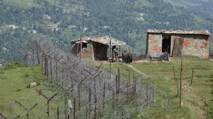 Pakistan shells forward posts in Poonch: Officials