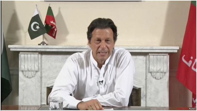 Imran Khan calls for talks to de-escalate rising tensions with India