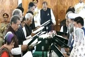 16 ministers from PM Imran Khan's cabinet sworn-in