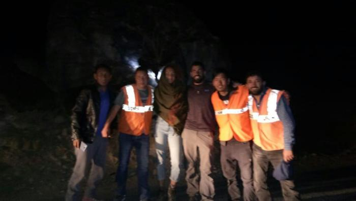 Foreign couple rescued by SDRF in Leh