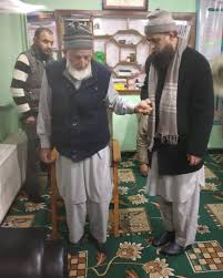 Ameer Jama'at visits Geelani at his Hyderpora residence