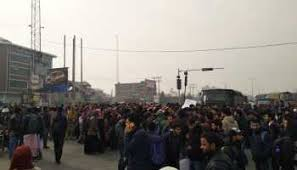 CUK students block Srinagar-bypass road over detention of 2 students