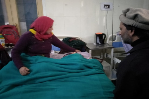 JKLF chief Malik visits Hiba, Kashmir's youngest pellet victim, at SMHS hospital