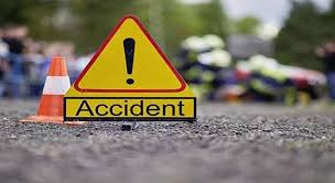 Four injured in Surankote road accident