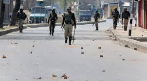 Sumbal incident : Students clash with forces at Baba Dem in Srinagar