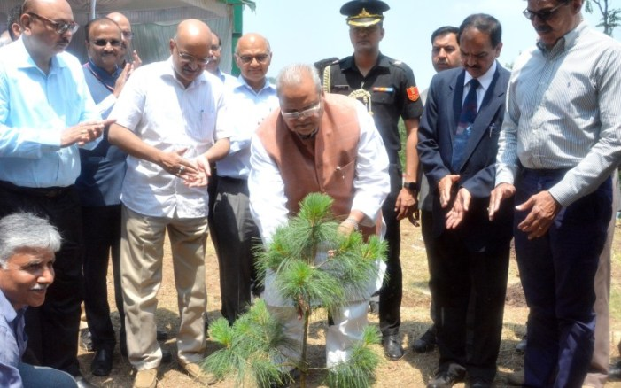 Governor launches 'Green J&K Drive'