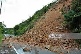 Sgr-Jmu highway closed for traffic due to mudslides in Ramban