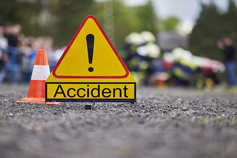Policeman, returning from home, dies on Jammu-Srinagar highway accident