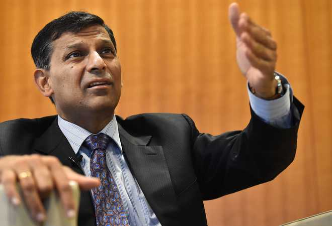 Fall in GDP alarming; time for bureaucracy to take meaningful action: Rajan