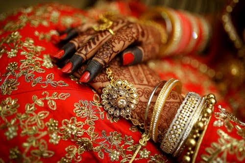 Body of Srinagar woman who died a day before her wedding to be exhumed