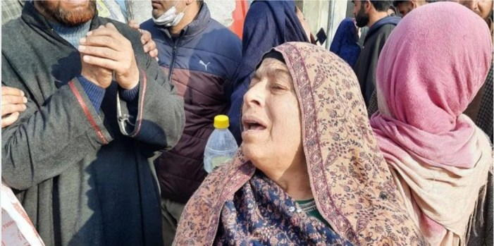 """""""Our sons not militants"""": Families of three youth killed in Srinagar gunfight stage protest"""