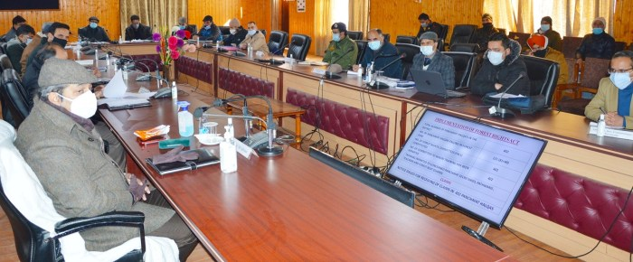 Ensure prompt civic services delivery; timely redressal of public grievances: Advisor Baseer Khan to Officers
