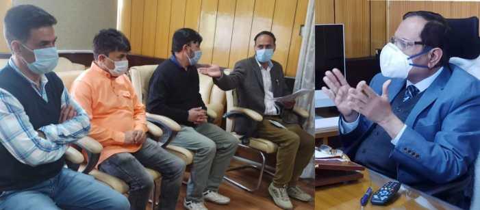 Advisor Bhatnagar meets several deputations, individuals