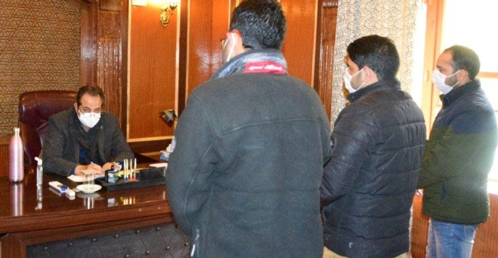 Advisor Baseer Khan hears public grievances at Srinagar