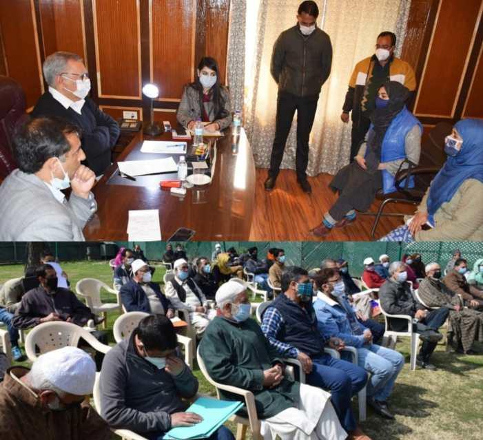 Advisor Farooq Khan hears public grievances at Srinagar