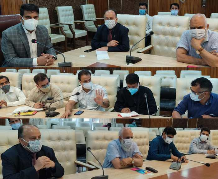 DC Srinagar holds meeting for follow up of the directions of LG for completion of 500-bedded Covid Hospital at Khanmoh