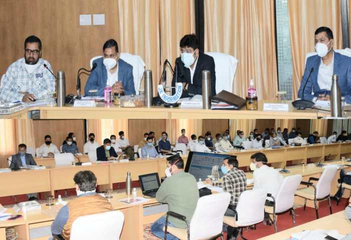 Div Com holds developmental review of district Kishtwar