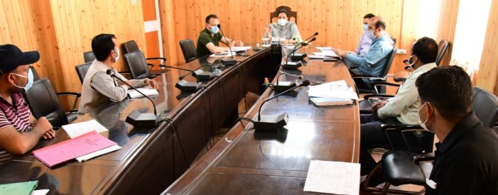 DC Gbl reviews land acquisition cases of Zojila, Z-morh tunnel projects
