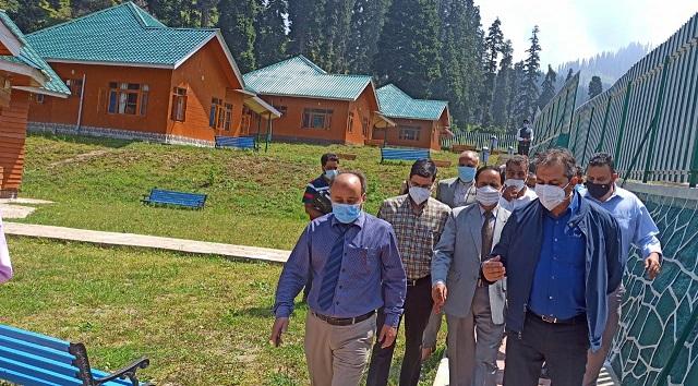 Advisor Baseer Khan visits Doodhpathri, Khansahab and adjoining areas