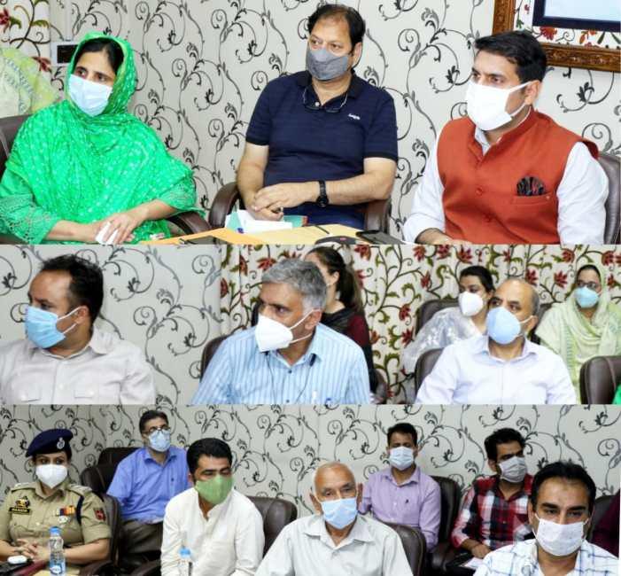 DC Srinagar reviews implementation of COTPA