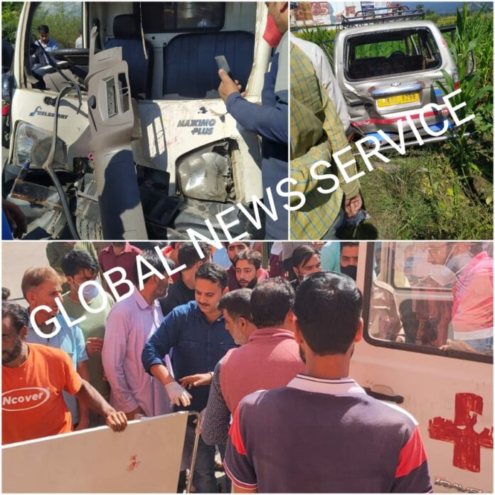Several injured in collision between two vehicles in Anantnag