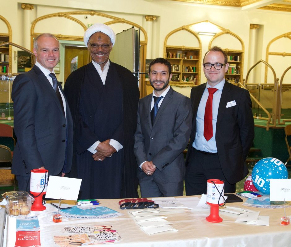 L-R: Mike Stredder, Director of Blood Donation at NHS Blood and Transplant; Sheikh Ahmed Haneef, Islamic Centre of England; Aimen Al Diwani, Coordinator, Imam Hussain Blood Donation Campaign; Darren Bowen, Head of Region at NHS Blood and Transplant