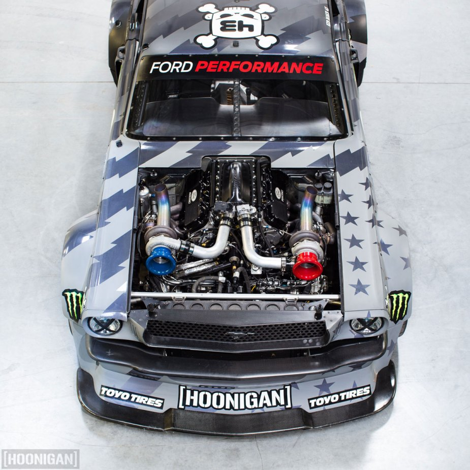 engine bay Hoonicorn V2