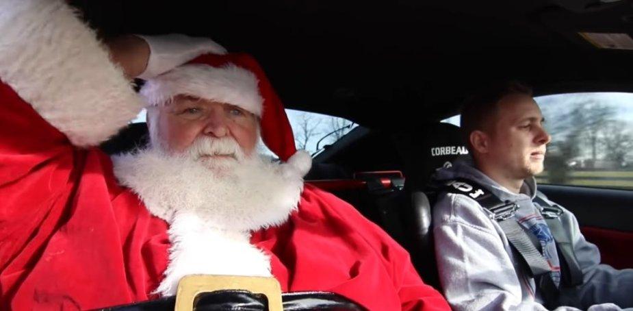 Santa GT500 Mustang Hat Grab