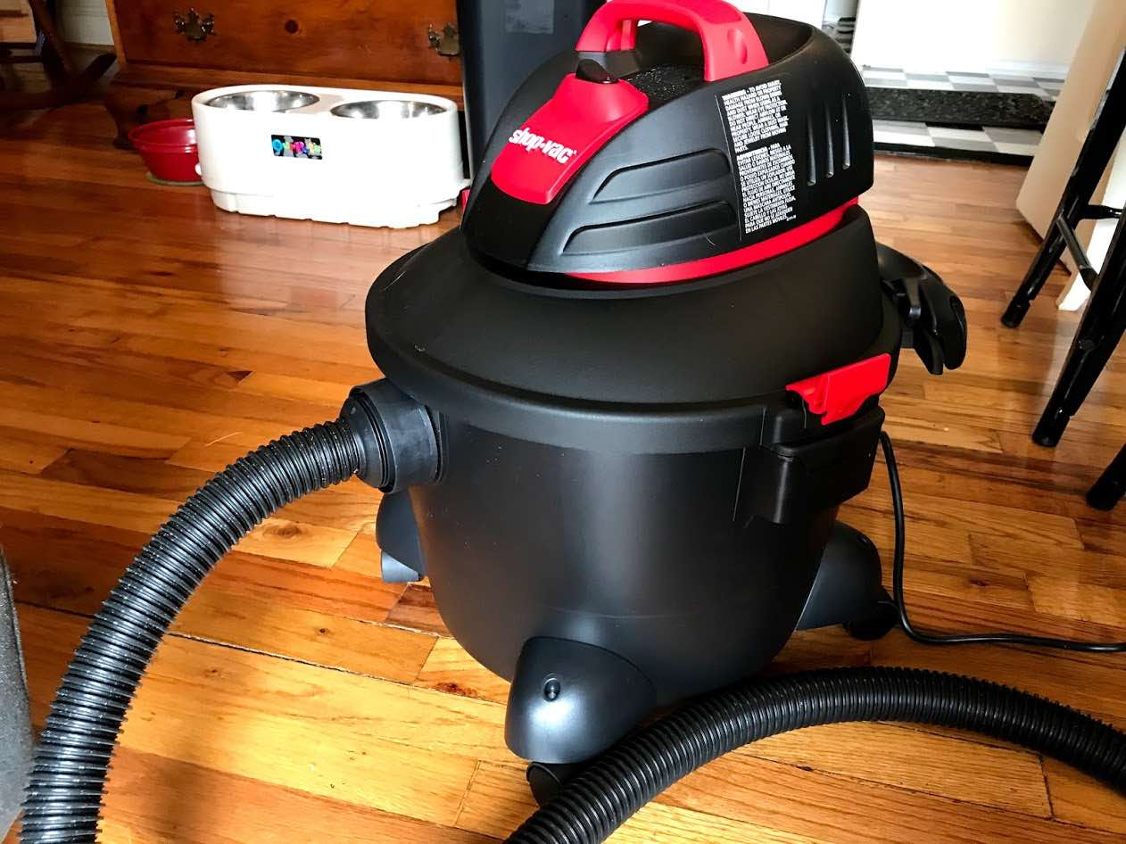 Shop Vac Vs Vacuum Cleaner Best One For Your Home Them