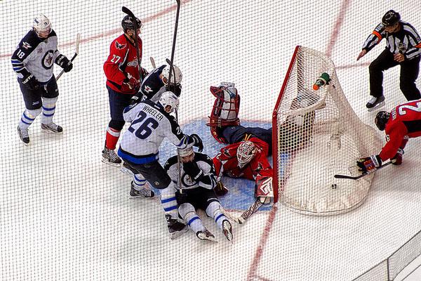 Kane at goal mouth_JetsCaps