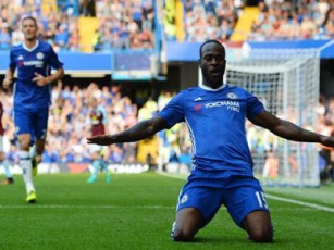 Victor Moses is sensational – Phil Neville