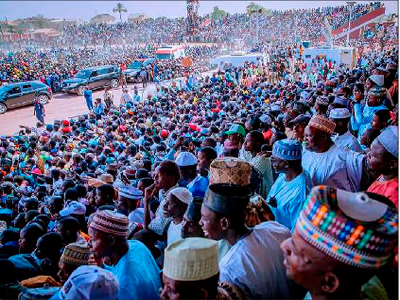Buhari receives ex-PDP chairman Muazu, Yuguda, others at Bauchi APC rally