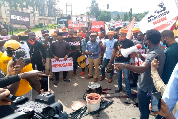 JUST IN: #EndSARS protesters march on Police headquarters (Photos) 1