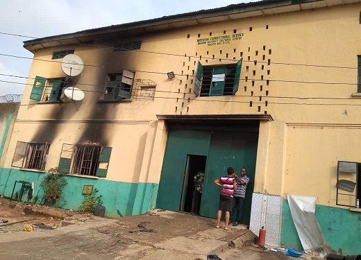 hoodlums-freed-1844-inmates-in-imo-attacks