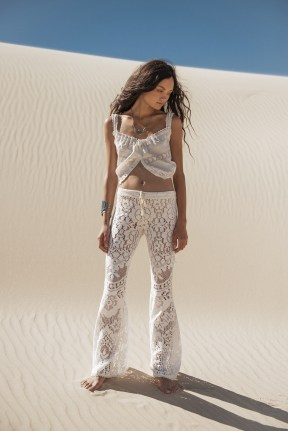 Spell-White-Dove-Lace-Flairs-08042