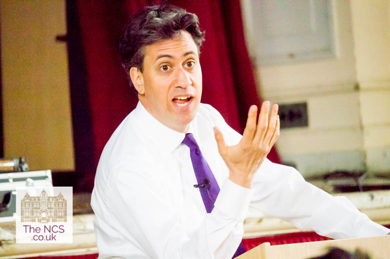 Ed Miliband Engages Newham Collegiate Sixth Form Centre (The NCS) Students With A Lively Talk On Politics – In Video